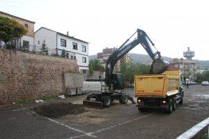 İrfan Gümüşel Caddesi Arkasına Caddeye Pararel Yeni İş Yeri İnşaatı Başladı
