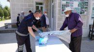 Camilerde Tek Kullanımlık Seccade Ve Maske Dağıtımı Yapıldı